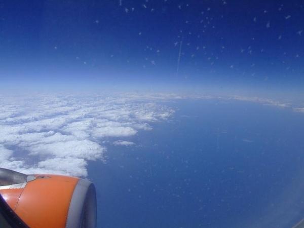 39000 feet by iainpb
