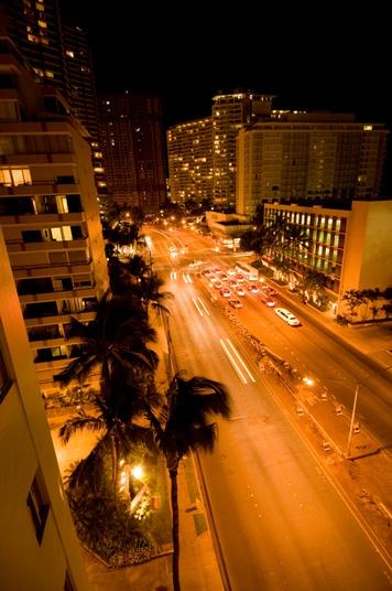 9:00pm Honolulu by fbaranik