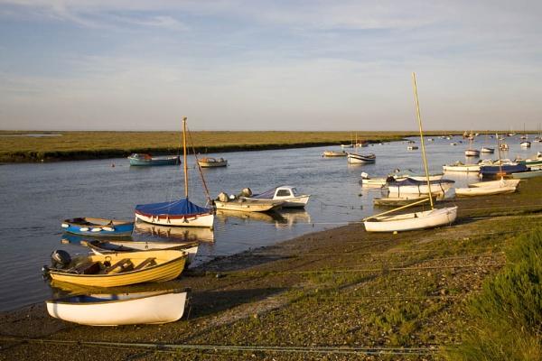 Sundown Well Harbour by LlesdnilLegin
