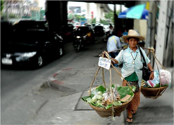 Basket woman by WimdeVos