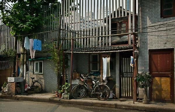 Life in Shanghai by Lynnk