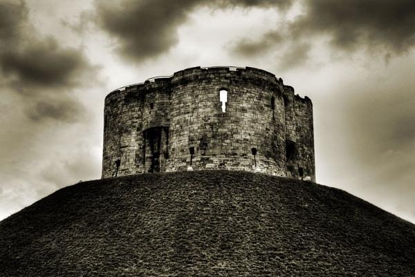 Cliffords Tower by Bradfleet12