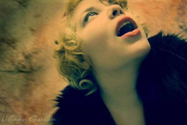 Modern Monroe by Nitrogengarden