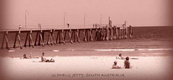 Glenelg Jetty by kaffas