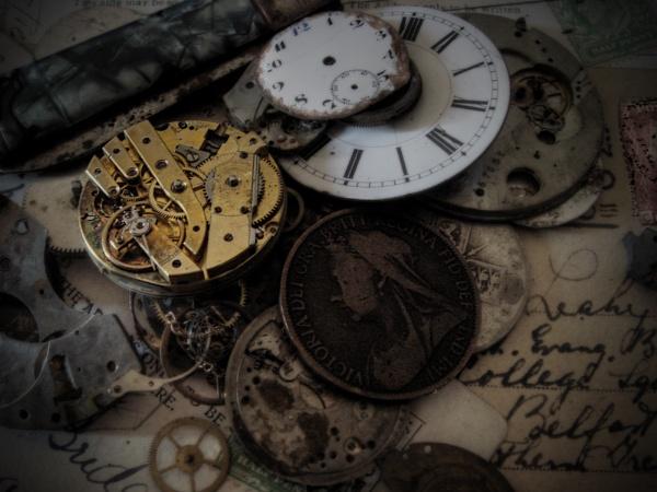 Relics.. by thearmsofvenusdemilo