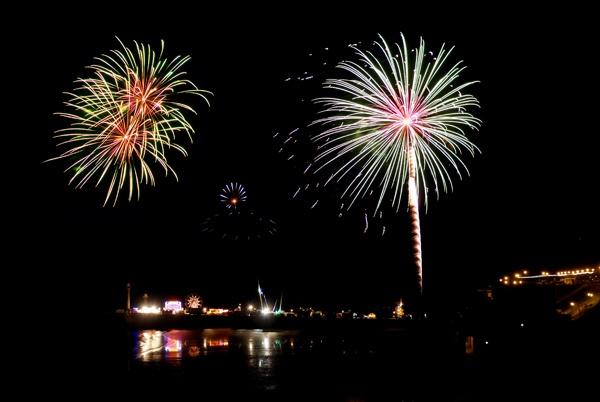 Fireworks in Whitby by debbiehardy