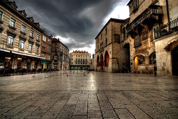 Town Square by Rowan_Mark