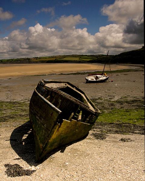 shipwrecked by xstevex
