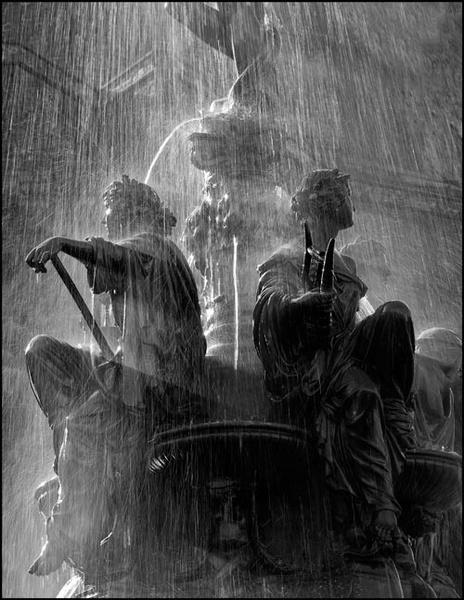 Fountain by RobinChapman
