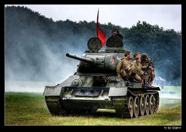 Russian Tank by leedighton