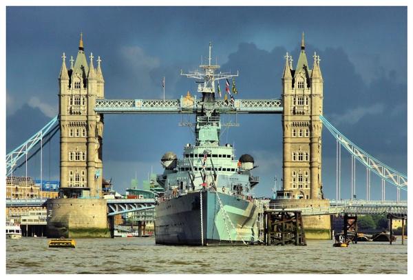 HMS Belfast by ITSJRW