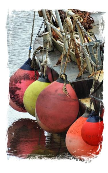 o buoy by AC1964