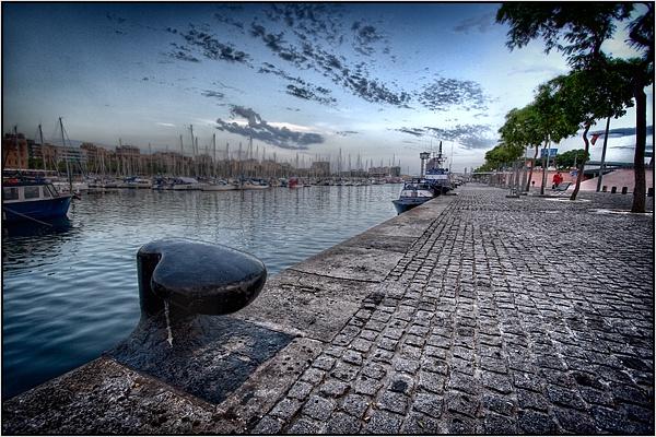 Bartcelona Harbour by kalseru