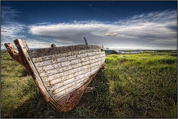 Heswall Boat by kalseru