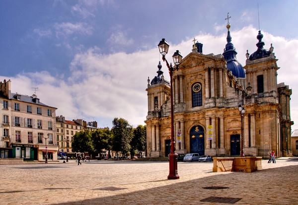 Cathédrale Saint-Louis by Sezz
