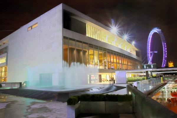 Festival Hall by EeeZeeLee