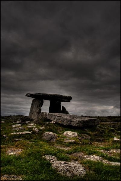 Poul na Brone Dolmen by gbradley