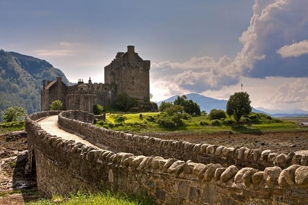 Eilean Donan Castle by Mstphoto
