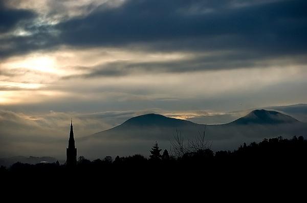 borders misty skyline by digitalpic
