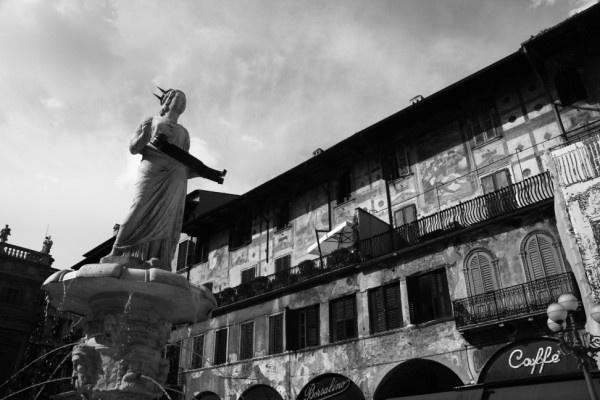 Piazza delle Erbe, Verona by ben_stubbens