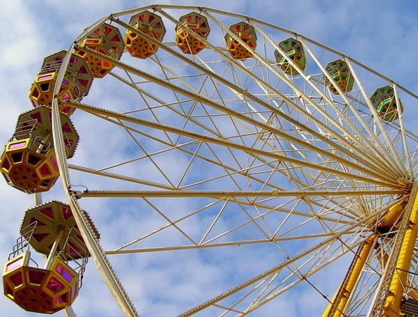 Giant Wheel! by Alexhew