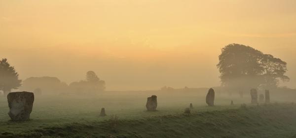 Avebury Morning by rogerbryan