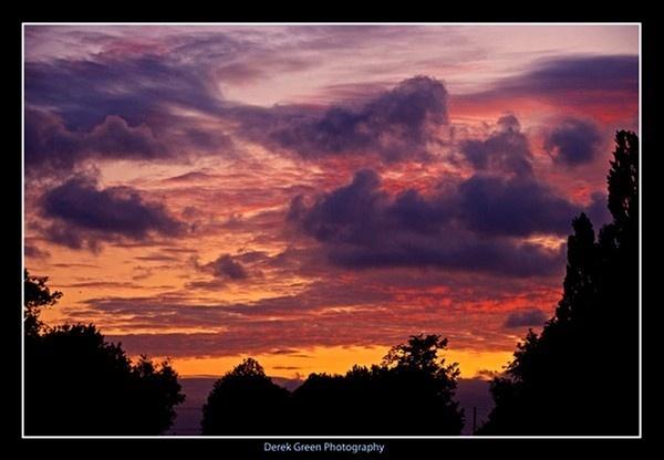 Sunset over Hazeley Bottom by OMG
