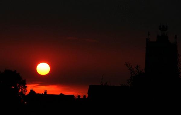Mmmm... sundown ? by Kodak_Kid