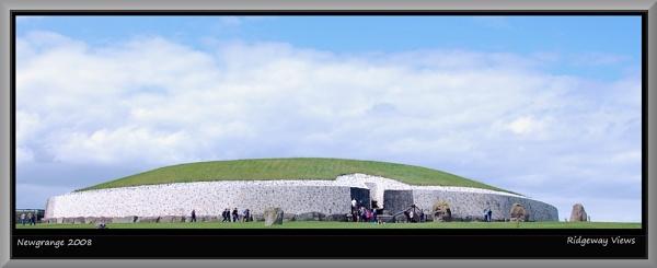 Newgrange 2008 by Ridgeway