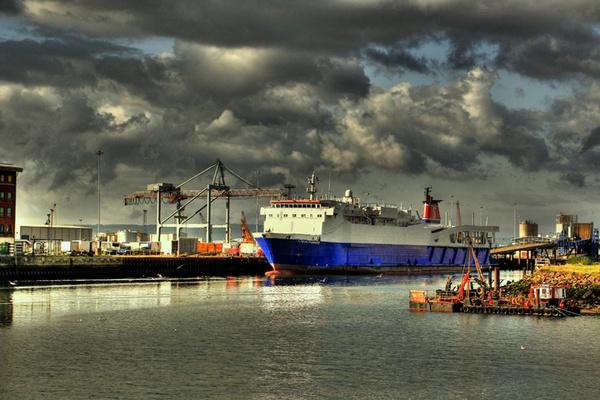 Belfast docks by shooter632