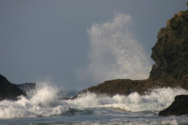 Some splash!!!!!!!!! by paulbof