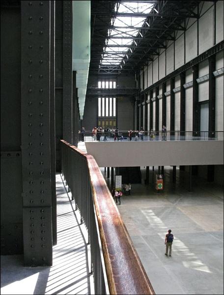 Tate Modern #2 by SlowSong