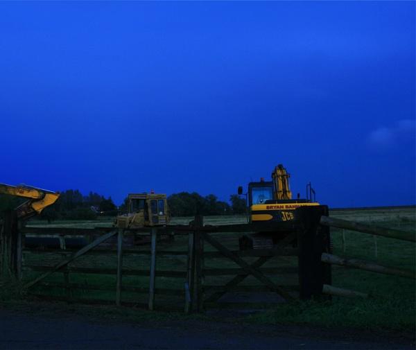 diggers at night by shelldud