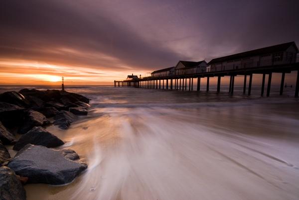 Southwold pier by davereet