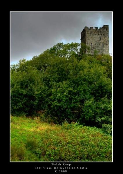 Welsh Keep by J0_jo