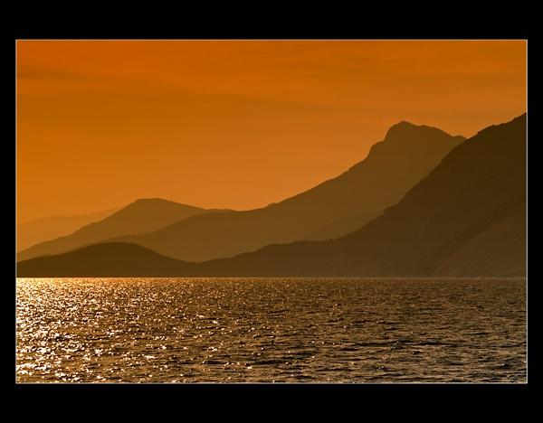 Greek sunset by hgabi