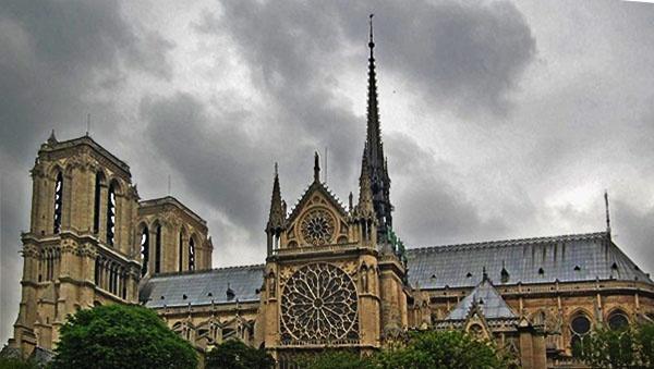 Notre Dame by JenniferBarclay