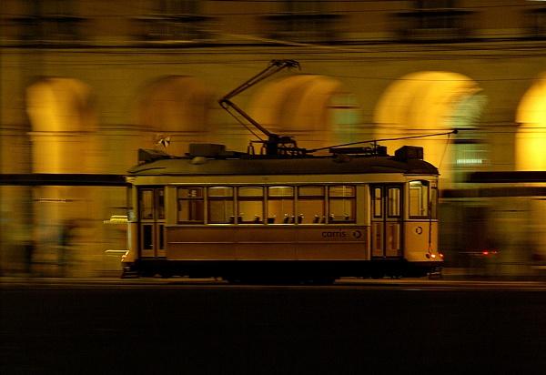 Lisbon tram by piotro