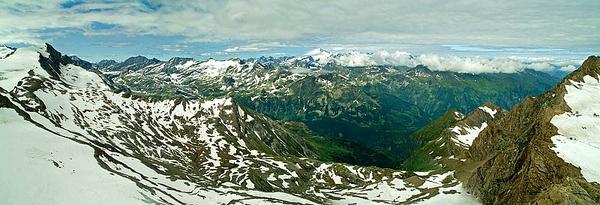 View from Kitzsteinhorn Austria by icphoto