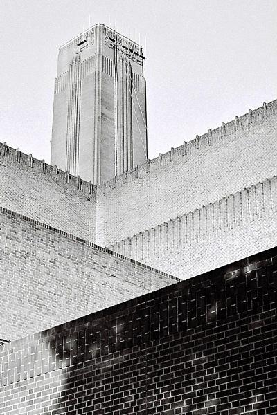 Tate Modern by randomrubble