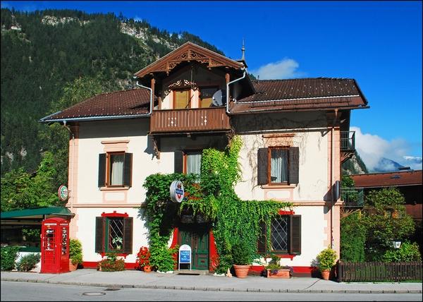Scotland Yard Pub, Mayrhofen by Andrew_Hurley