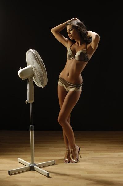 Lauren Cooling down by kazstudio