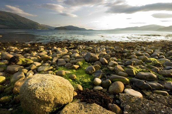 Onich Beach Rocks!! by Abaeron