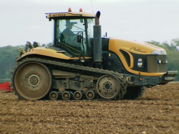 Big tractor by KevinWalsham