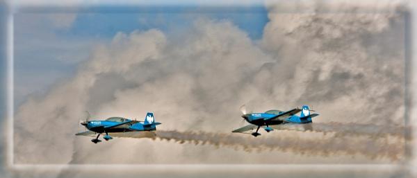 Blades Aerobatics by teocali