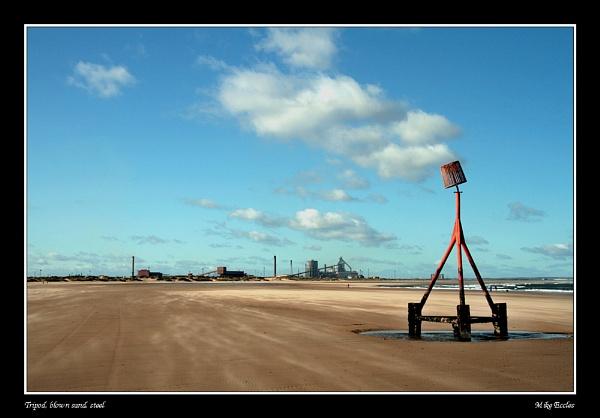 Tripod, sand, steel by oldgreyheron