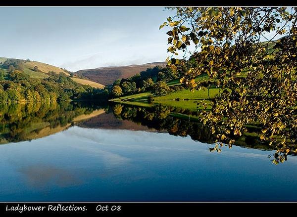 Ladybower reflection by NEWMANP