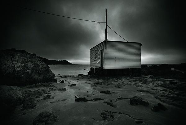 boat shed by steve allsopp