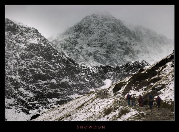 Snowdon by Dotrob