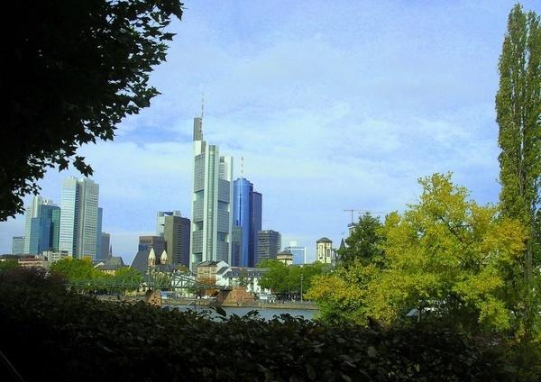 Frankfurt skyscrapers by Eiginta